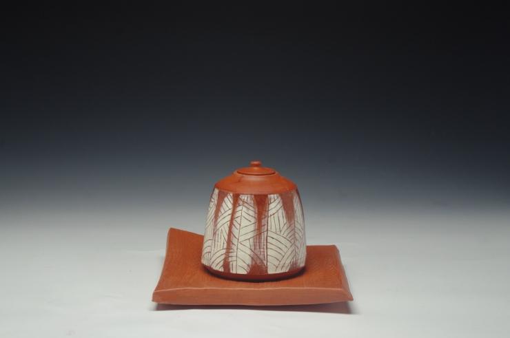 IBond_tea caddy