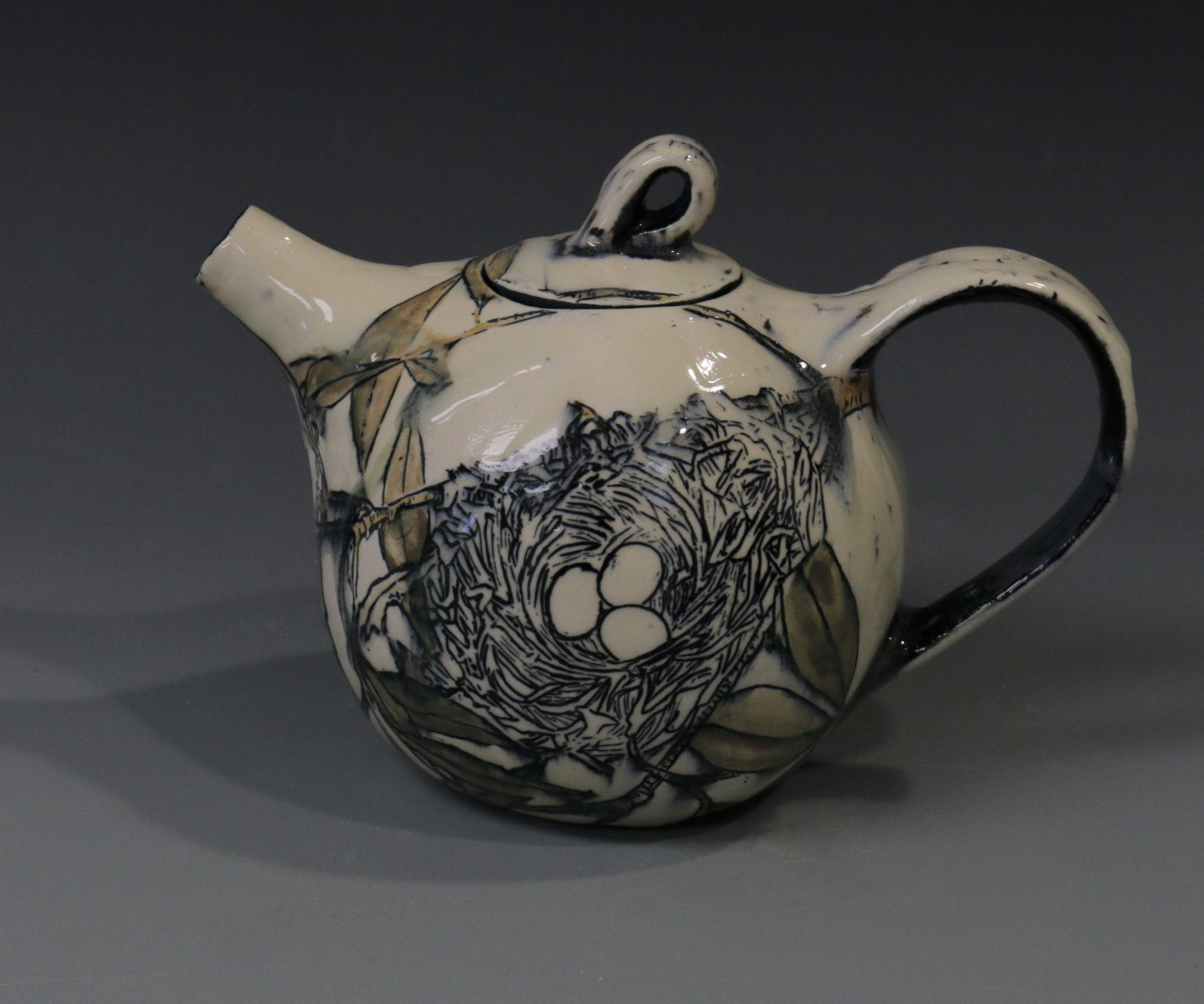 Nest Teapot front