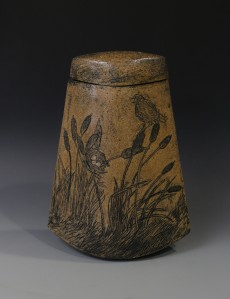 Redwinged Blackbird covered jar front